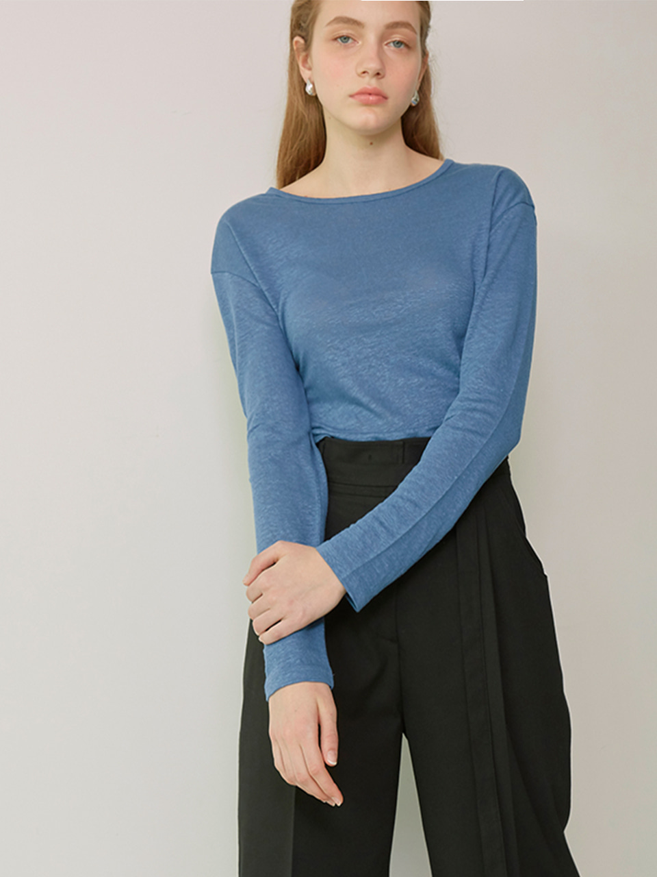 SIA_Linen Long Sleeved T-Shirt_Cerulean Blue